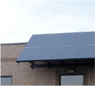 太陽光発電は、導入するシステムの規模に関係なく発電効率が一定です